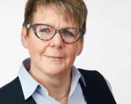 Profilfotos für weibliche Führungskräfte aus dem Headshot Fotostudio Bonn